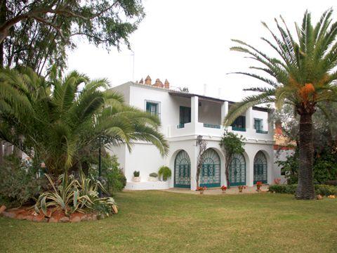 FINCA EN SEVILLA      (Andalucía)